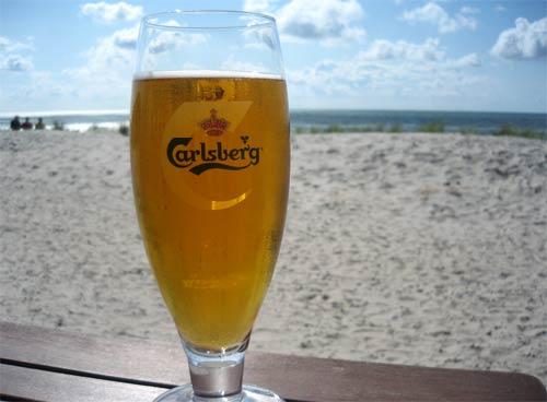 Carlsberg am Strand von Henne Strand